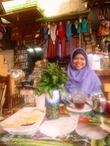 curhat mahmud-cafe husein