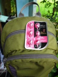 Selalu ada dalam ransel pasangan Honeymoon Backpacker looh :)