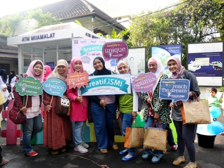 Para geulis Blogger Bandung turut menikmati peluncuran SMI