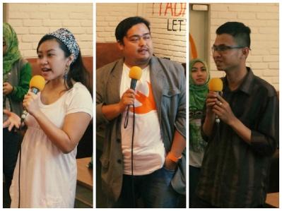 Perwakilan ID Geek Girls, Jepret Cloud dan Akber Bandung. Foto pinjam dari Tokopedia :D