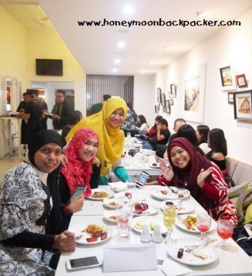 Keluarga besar blogger Bandung kumpul-kumpul seru di Centropunto.